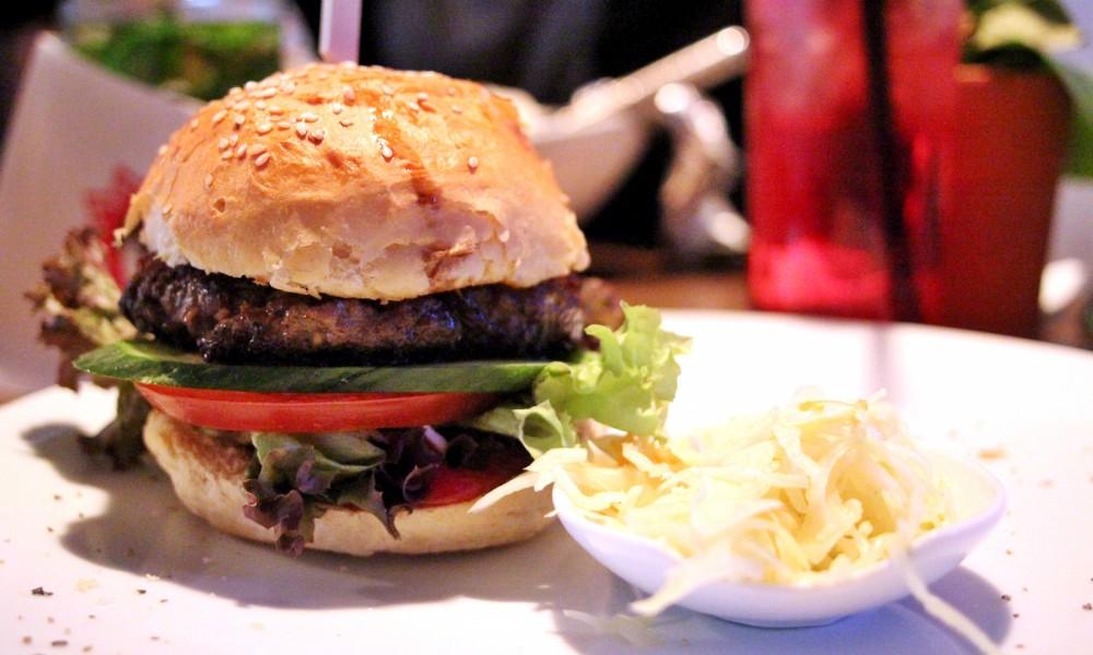 25 Hours Hotel Frankfurt IMA Burger