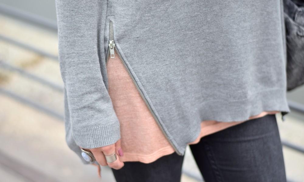 Outfit grau rosa Detail Sweater Zipper