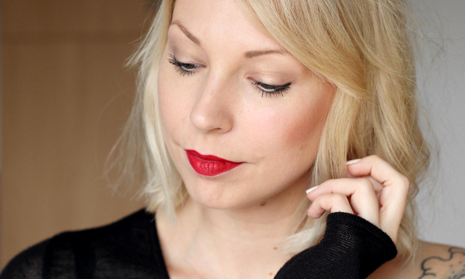 beautyblogger karlsruhe mac lippenstift lipstick russian red swatch 7 lavie deboite. Black Bedroom Furniture Sets. Home Design Ideas