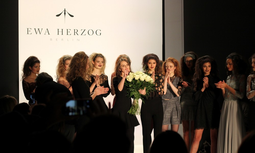 Ewa Hrzog Runway Fashion Week Januar 2016 Berlin AW Finale