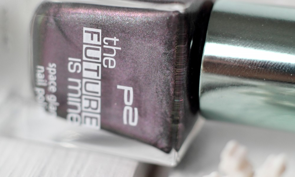 P2 Limited Edition The future is mine Space Glam Nagellack 040 Solar Eclipse