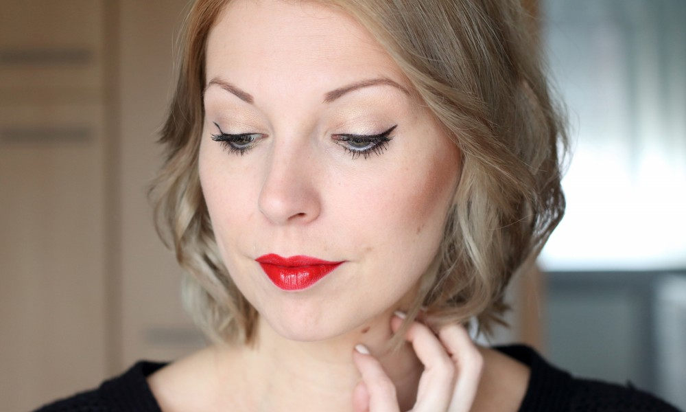 Tages Make Up rote Lippen Trend it up bareminerals