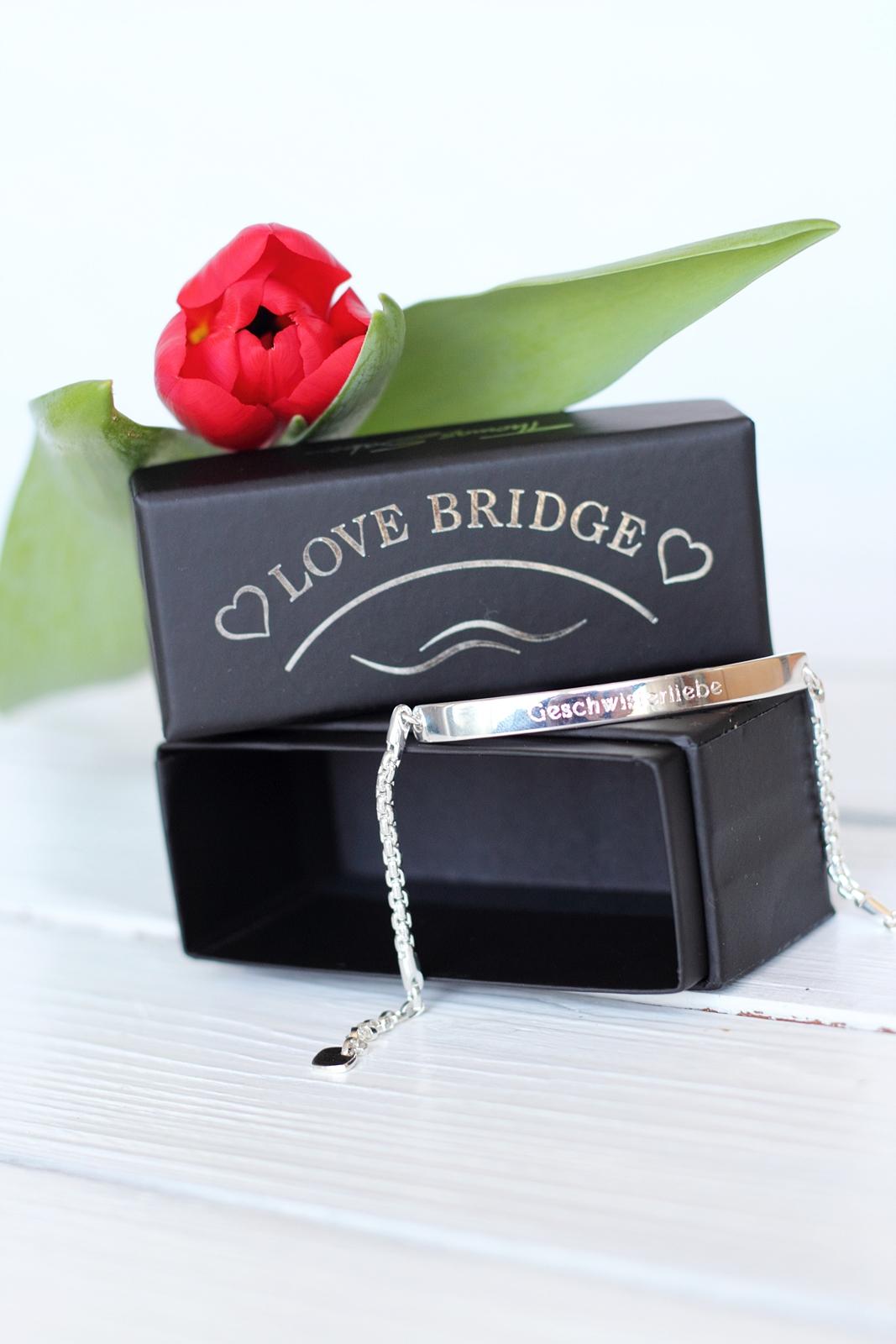 thomas sabo love bridge valentinstag geschwisterliebe 18. Black Bedroom Furniture Sets. Home Design Ideas