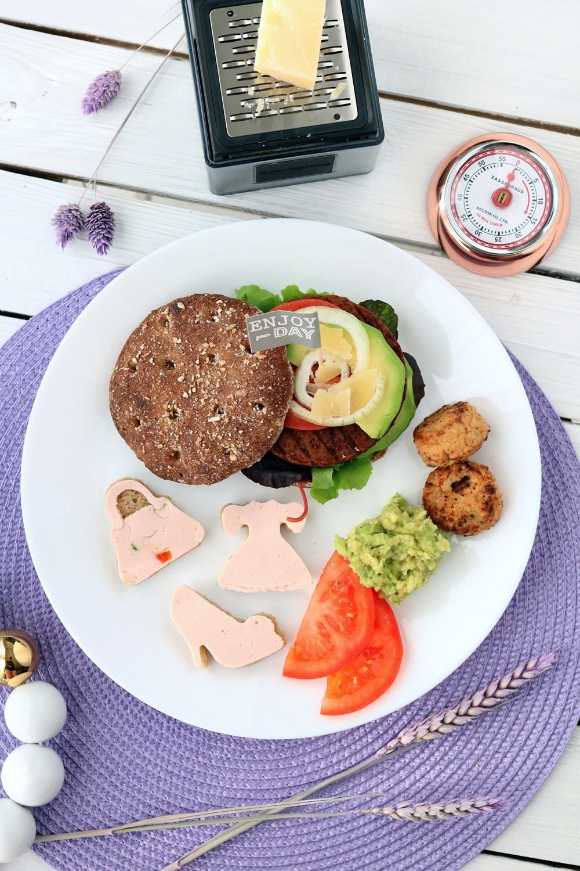 Fashion meets Food Blogparade Blogger Lobster of the year Award Burger Rügenwalder Mühle (2)