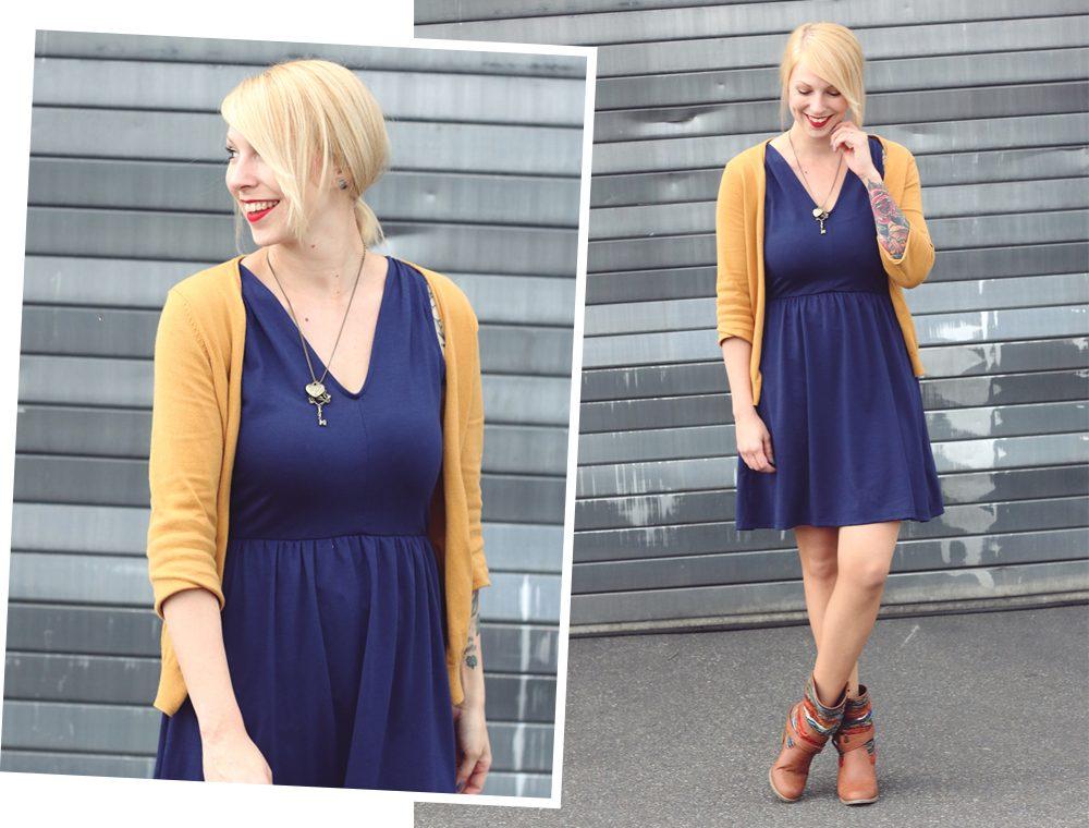 Fashionblogger Outfit blaues Kleid Cardigan senfgelb Ethnoboots (7)