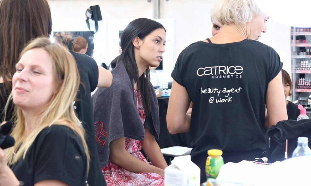Berliner Mode Salon Backstage Catrice Vladimir Karaleev (9)