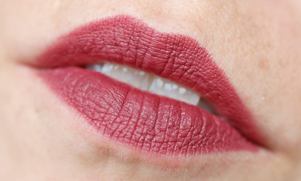 Catrice Herbst Winter 2016 Lippen Matt Lip Artist 6h Swatch 070 First bROWn Ticket