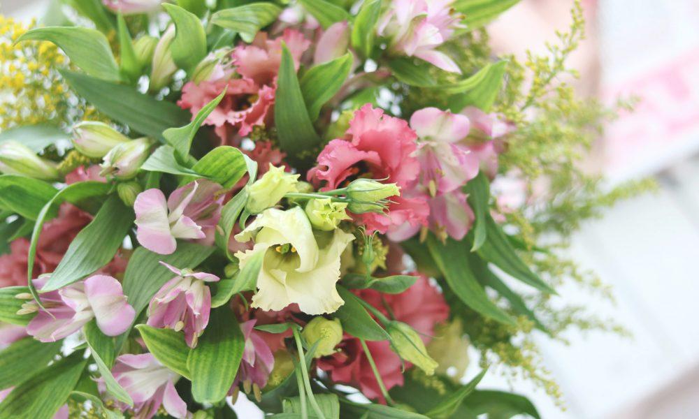 blumenstrauss-bloomy-days-goldregen-inkalilie-8