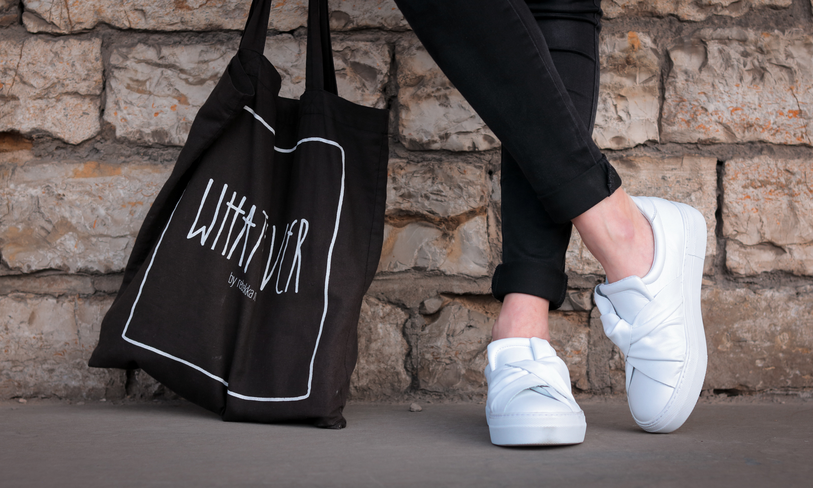 weisse sneaker plateau schlupf knoten sacha shoes. Black Bedroom Furniture Sets. Home Design Ideas