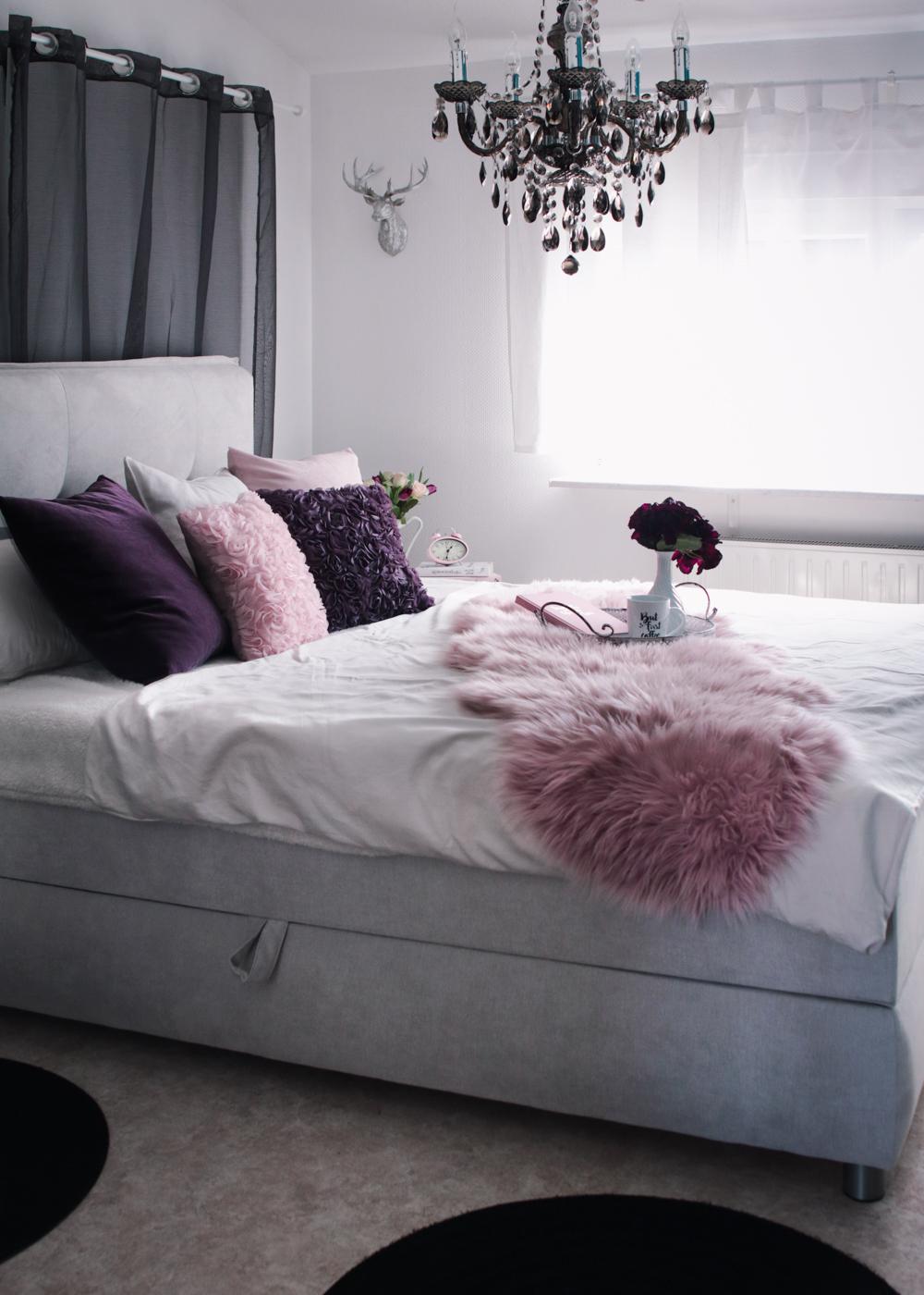 Schlafzimmer interior einrichtung grau rosa lila for Schlafzimmer grau rosa