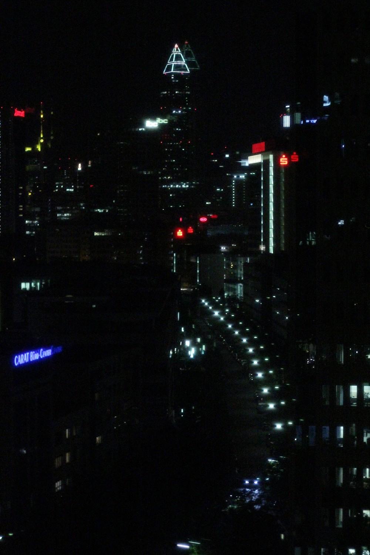 Frankfurt bei Nacht Ausblick vom Radisson Blu
