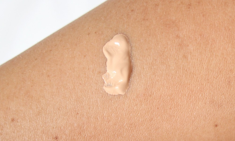 Catrice Velvet Finish Foundation Swatch