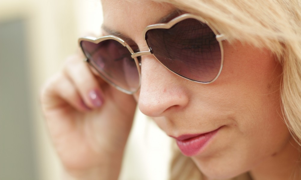 Herzsonnenbrille