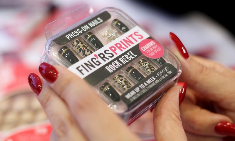 Fingrs Press on Nails Rock Rebel Leo Beautypress Frankfurt