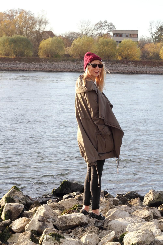 Fashionbloggerin Karlsruhe Mannheim Outfit Parka Asos Jeans New Look Vans Rhein 13