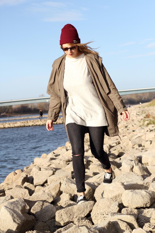 Fashionbloggerin Karlsruhe Mannheim Outfit Parka Asos Jeans New Look Vans Rhein 16