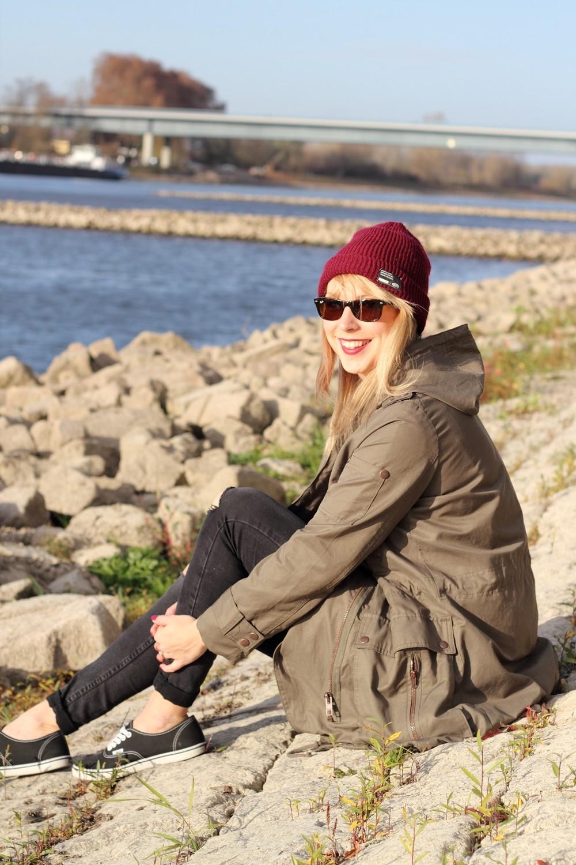 Fashionbloggerin Karlsruhe Mannheim Outfit Parka Asos Jeans New Look Vans Rhein 4