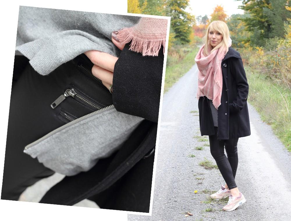 Fashionblogger Karlsruhe schwarzer Mantel rosa XL Schal grauer Pullover Sneaker rosa Glitzer Deichmann 1
