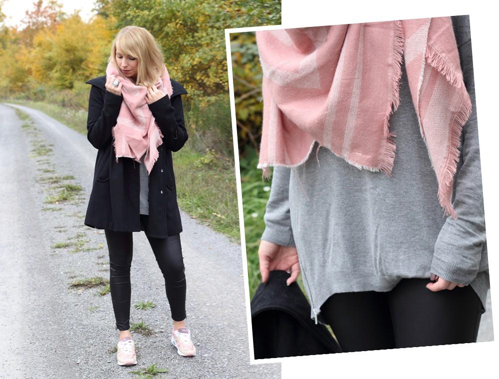 Fashionblogger Karlsruhe schwarzer Mantel rosa XL Schal grauer Pullover Sneaker rosa Glitzer Deichmann 2