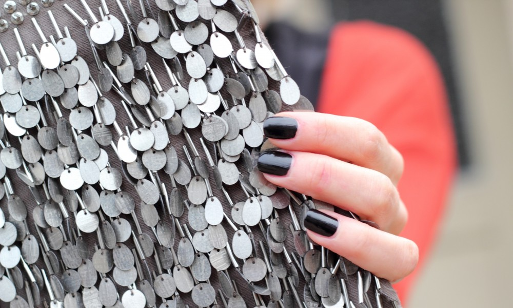 Fashionbloggerin Karlsruhe New Look Weihnachtsoutfit Kleid Pumps Pailettenclutch Cardigan 10