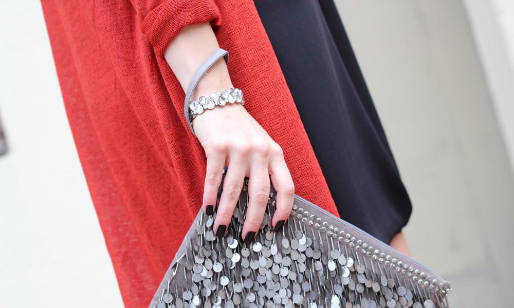 Fashionbloggerin Karlsruhe New Look Weihnachtsoutfit Kleid Pumps Pailettenclutch Cardigan 15