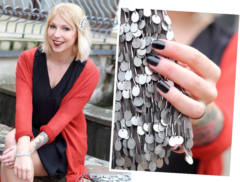 Fashionbloggerin Karlsruhe New Look Weihnachtsoutfit Kleid Pumps Pailettenclutch Cardigan 2 Kopie