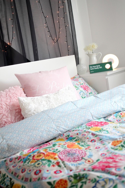 Schlafzimmer Bettwäsche PiP Lichterkette Deko Living 2