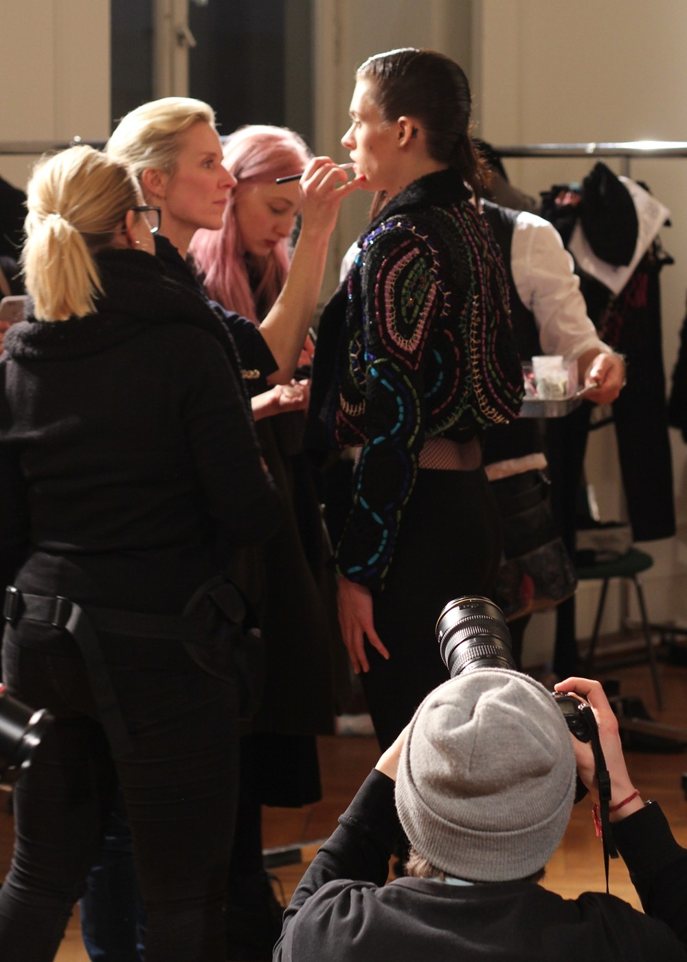 Augustin Teboul Berliner Mode Salon Runway AW 2016 Backstage Fitting 1