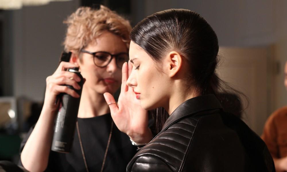 Augustin Teboul Berliner Mode Salon Runway AW 2016 Backstage Fitting 9