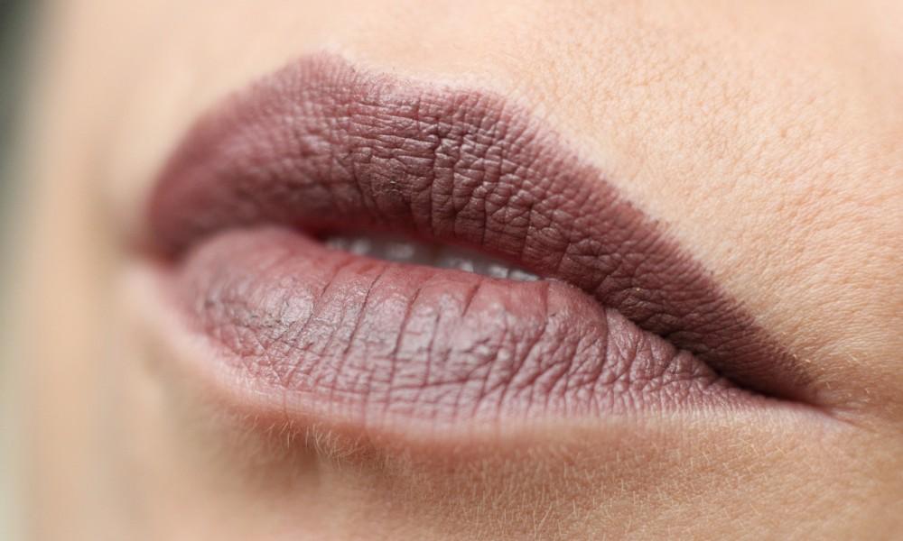Beautyblogger Karlsruhe MAC Lippenstift Lipstick Stone Swatch