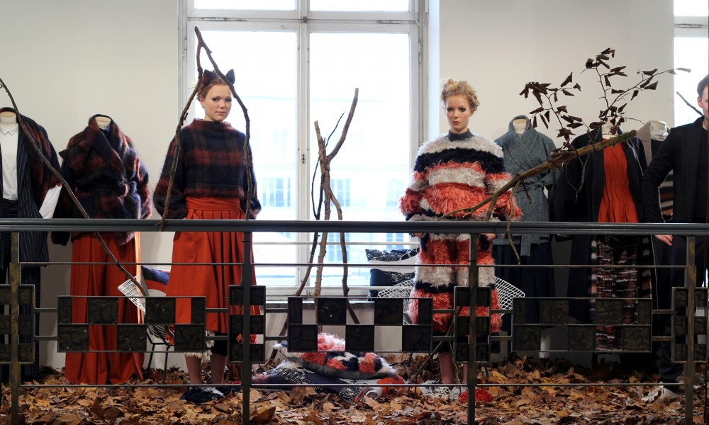 Berliner Modesalon Gruppenausstellung Tim Labenda