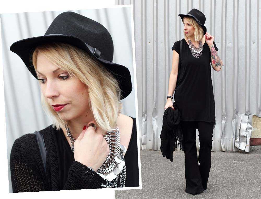 Fashionblogger Karlsruhe Outfit all in black Flared Jeans Cardigan Hut Fransentasche Kleid 2