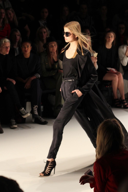 Mercedes Benz Fashion Week Autumn Winter 2016 Dimitri Runway 4