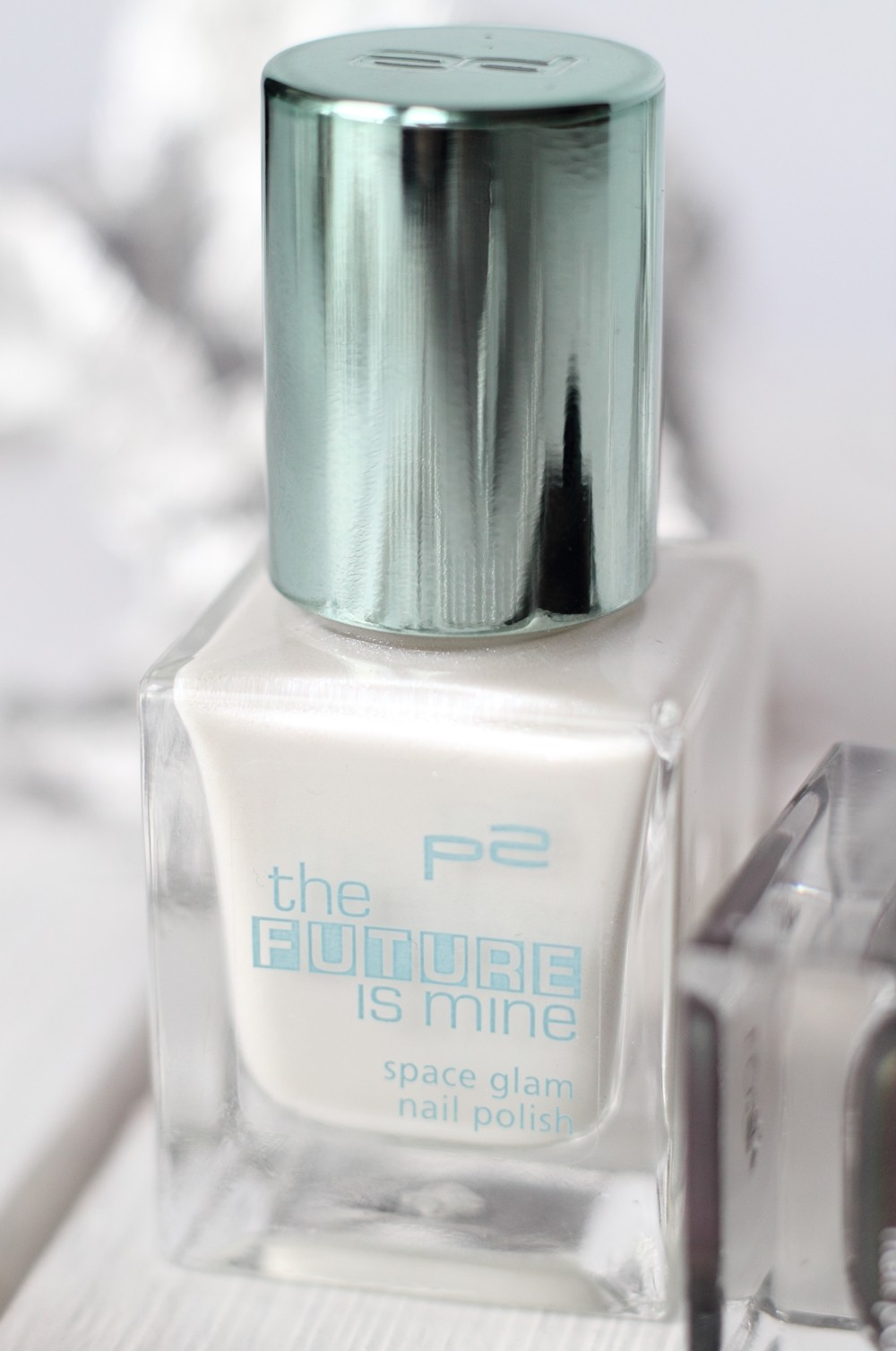 P2 Limited Edition The future is mine Space Glam Nagellack 020 Milky Way