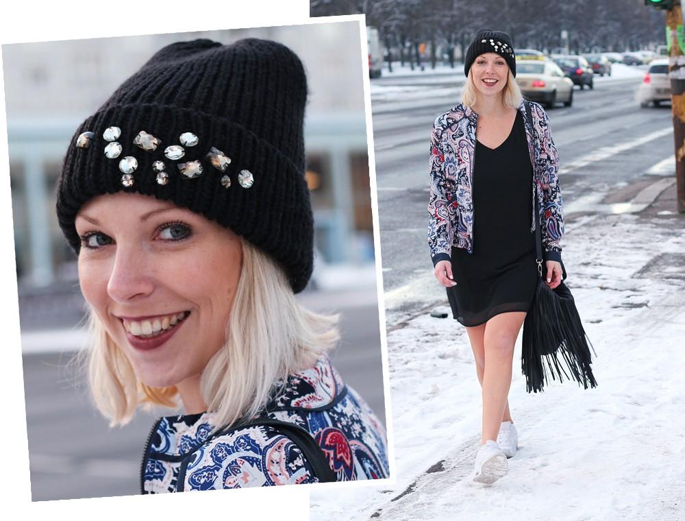 Streetstyle Berlin Outfit Fashionblogger Kleid Blousonjacke Fransentasche Beanie mit Glitzersteinen About You Sneaker Deichmann 7
