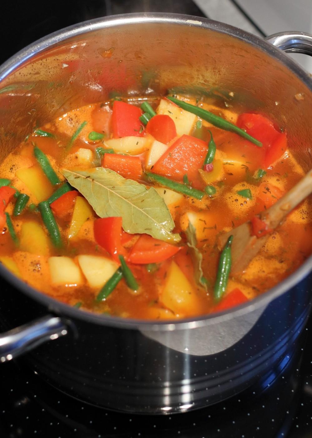 Griechischer Gemüsetopf Zubereitung 9