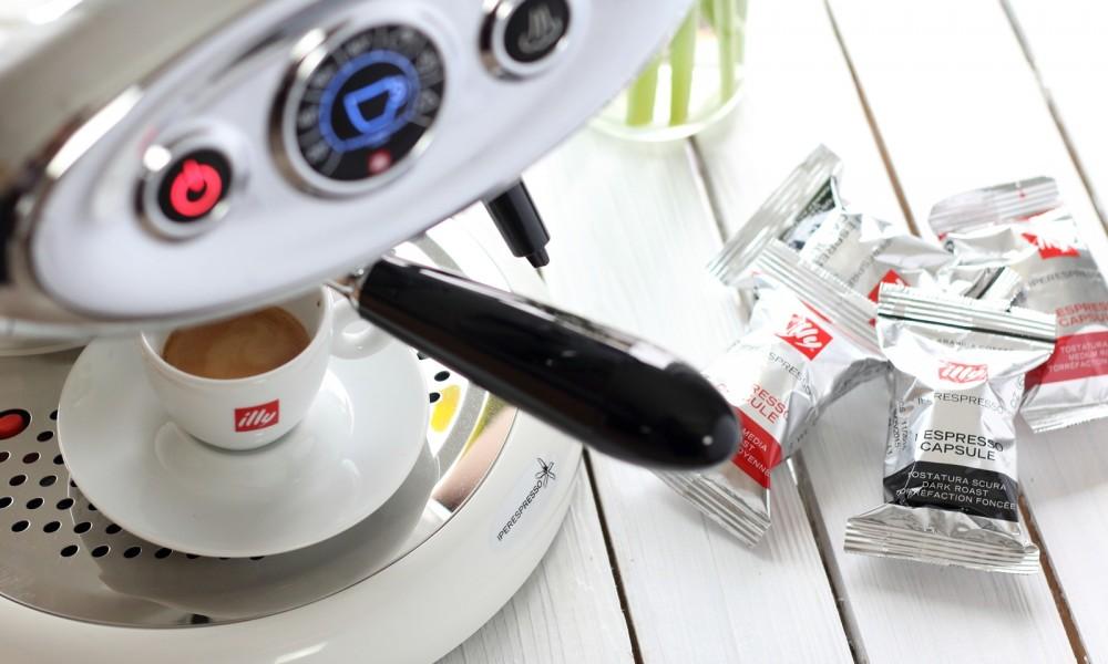 Illy Iperespresso Espressomaschine weiss 20
