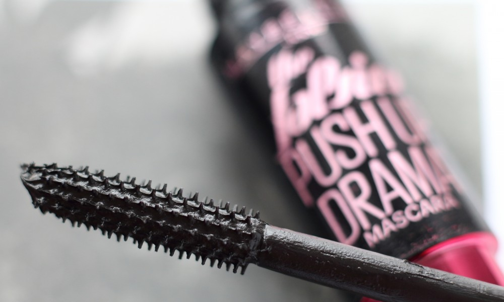 Maybelline The Falsies Push Up Drama Mascara 1