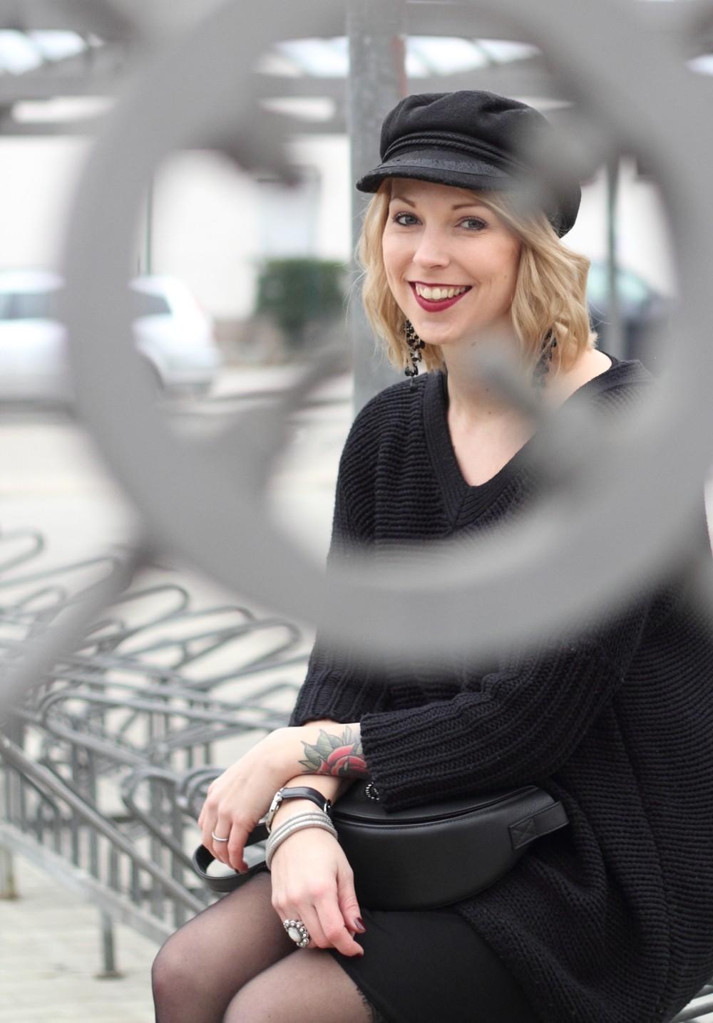 Outfit Stiefeletten Fransen Sacha Kleid Mango Sweater Noisy May Bakermütze 1 (15)