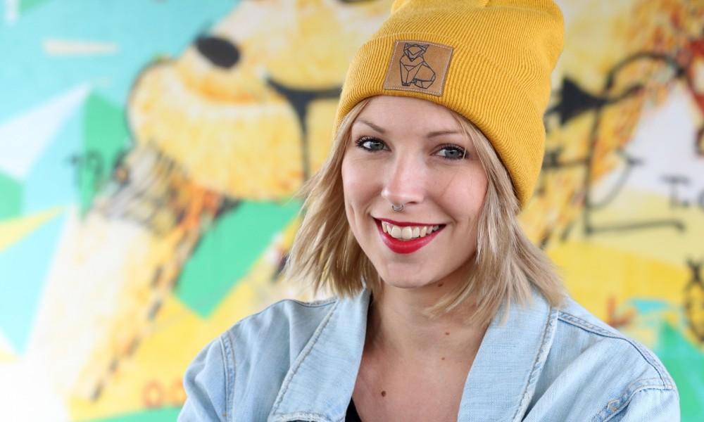 Fahionblogger Outfit Vans Disney Jeansjacke Beanie Fuchs Weebit (13)