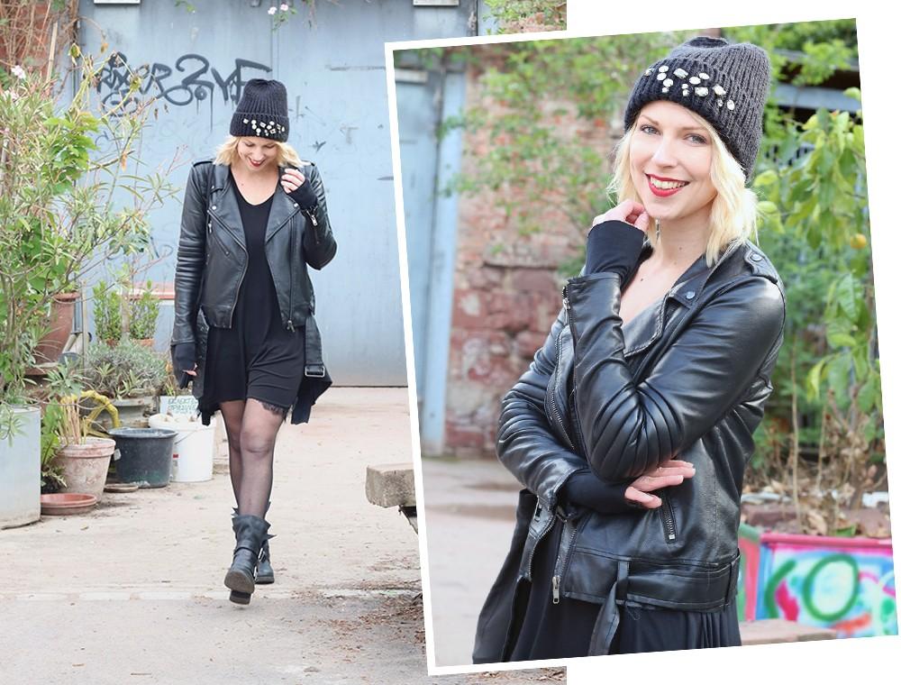 Fashionblogger Karlsruhe Outfit Kleid Lederjacke Bikerboots Beanie all in black (16)