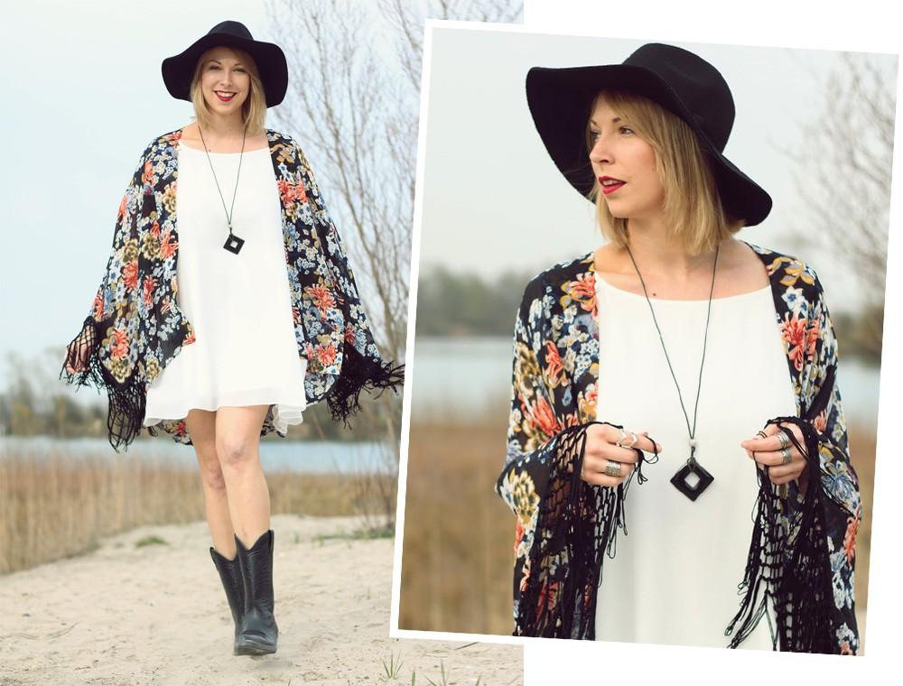 Fashionblogger Outfit Kimono weisses Kleid Cowboystiefel Schlapphut (1)