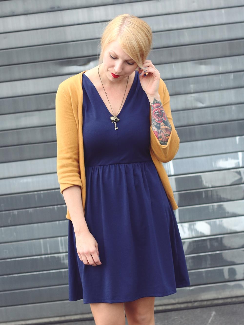 Blaues kleid cardigan