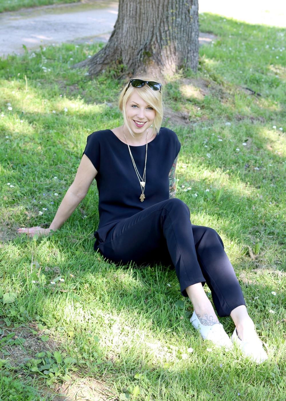 Fashionbloggerin Karlsruhe Outfit Jumpsuit Aldi Jette Joop Daniel Wellington Dapper (20)