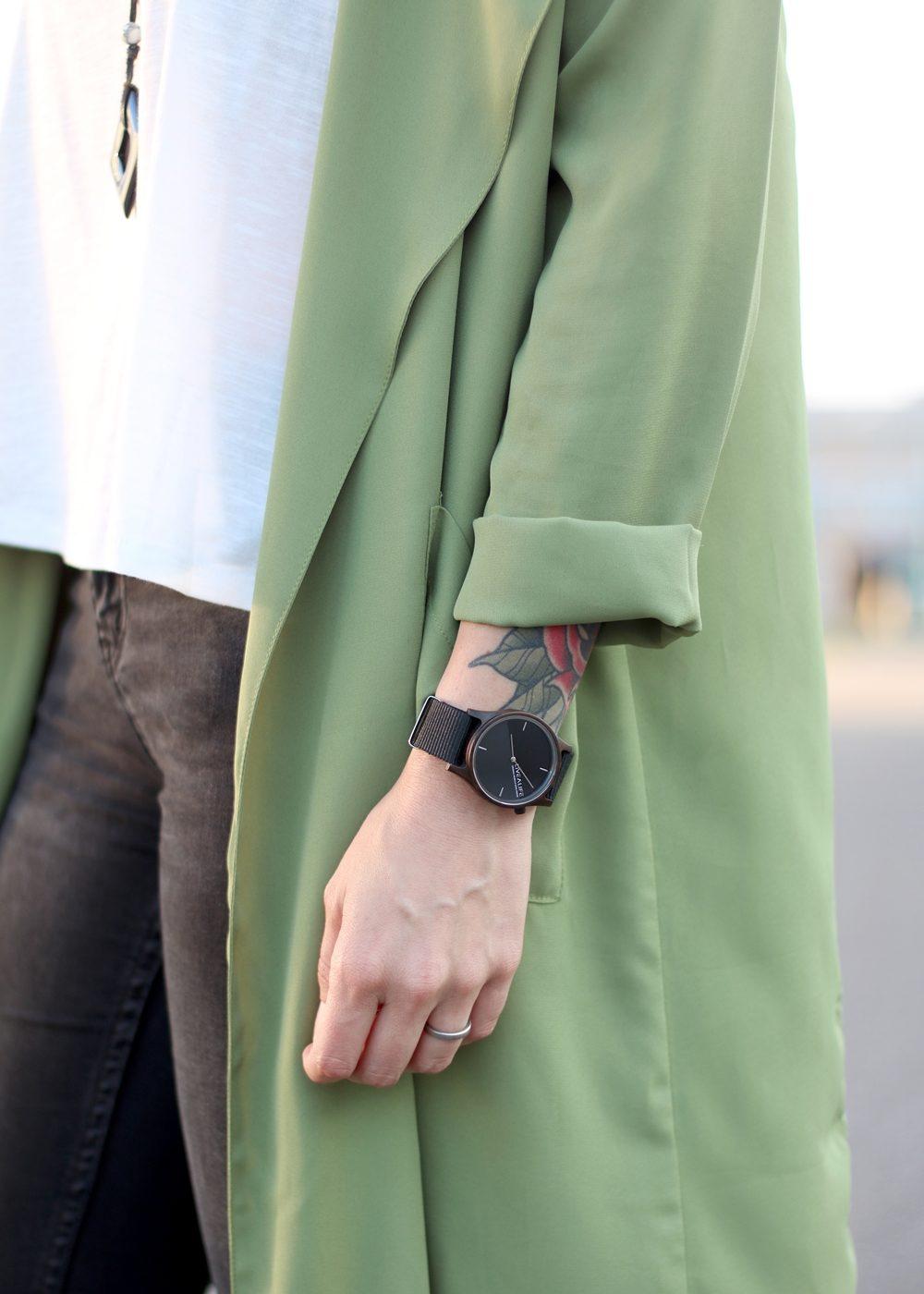 Fashionbloggerin Karlsruhe Outfit Parka Nike Air Max Sonnenbrille (9)