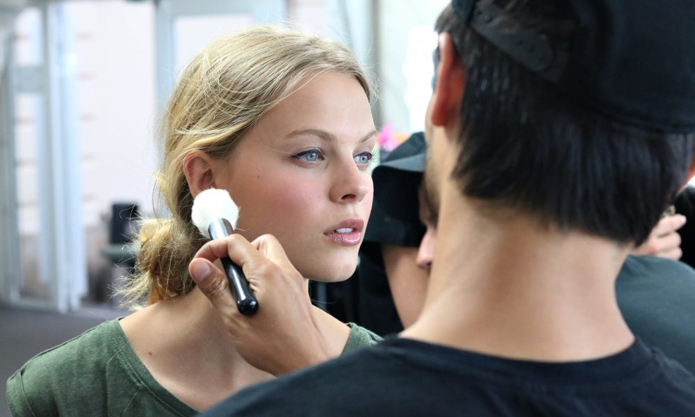 Backstage Vladimir Karaleev Berliner Mode Salon Catrice Make Up