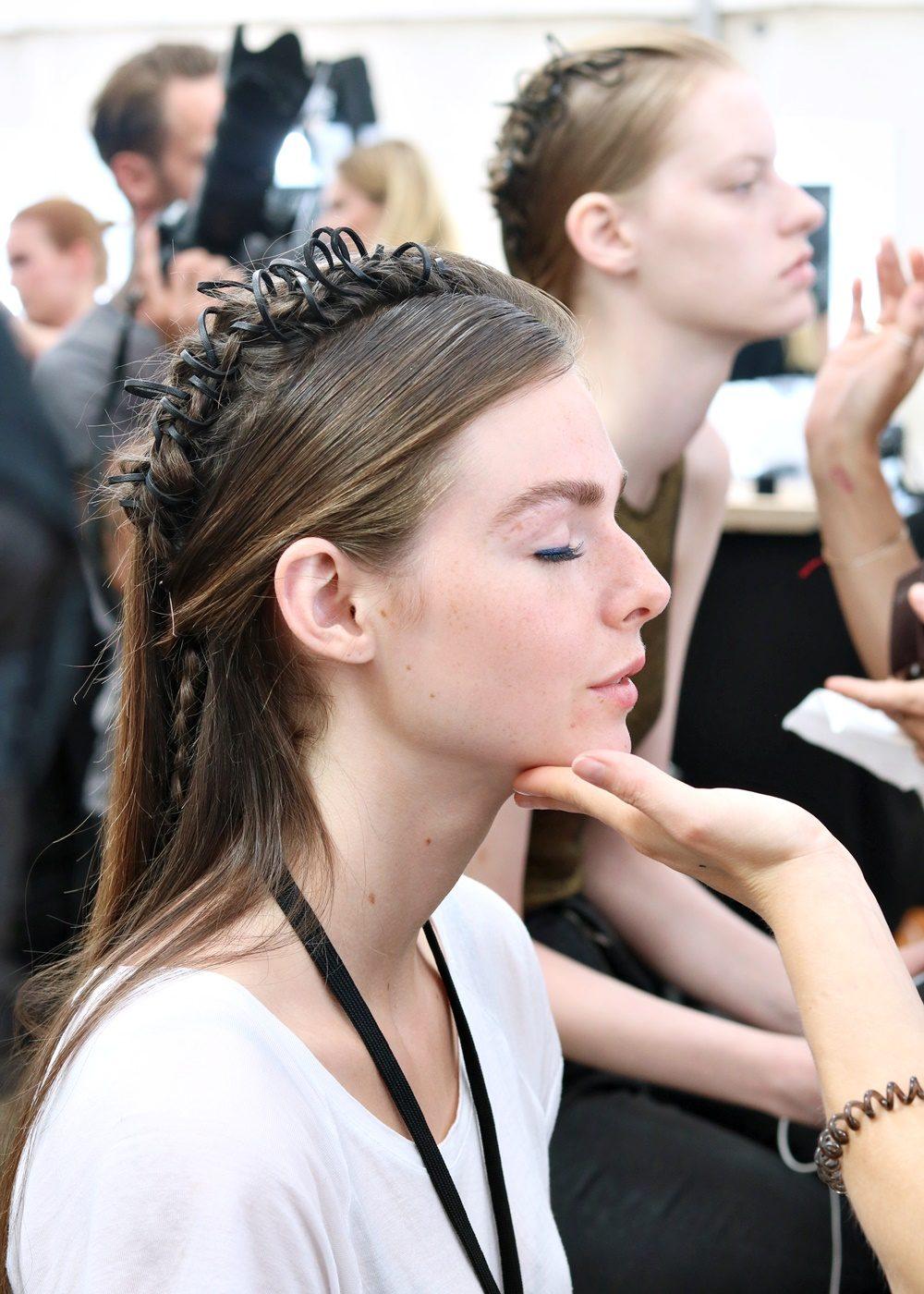 Berliner Mode Salon Backstage Catrice Vladimir Karaleev (14)