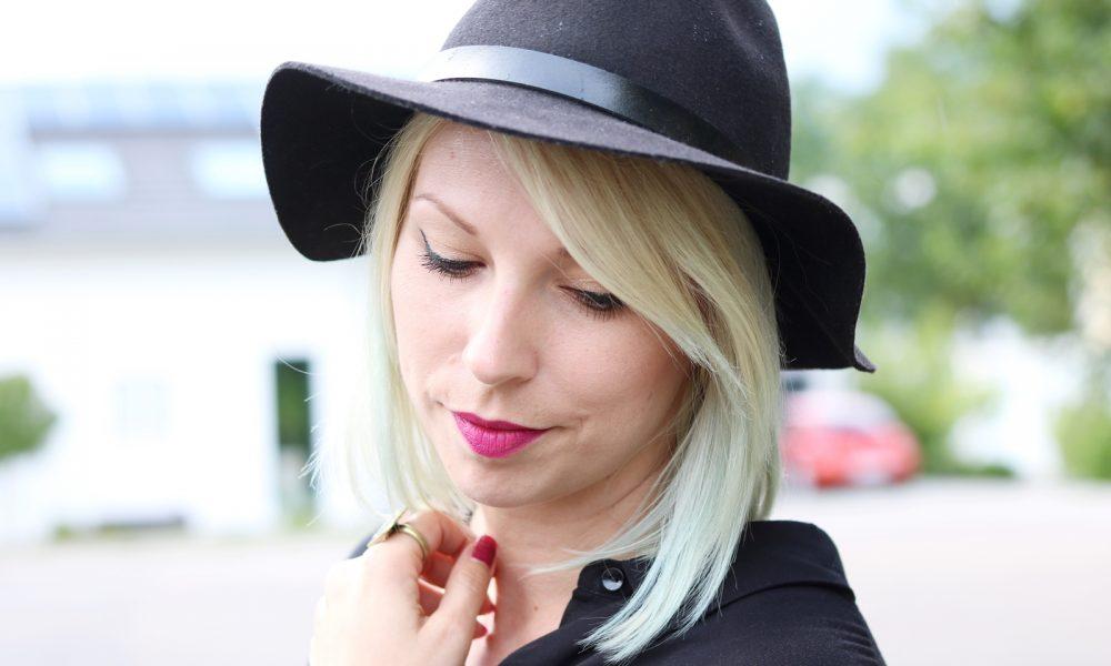 Fashionbloggerin Outfit Blusenkleid Zara Ethnoboots Fransenrucksack Justfab (7)