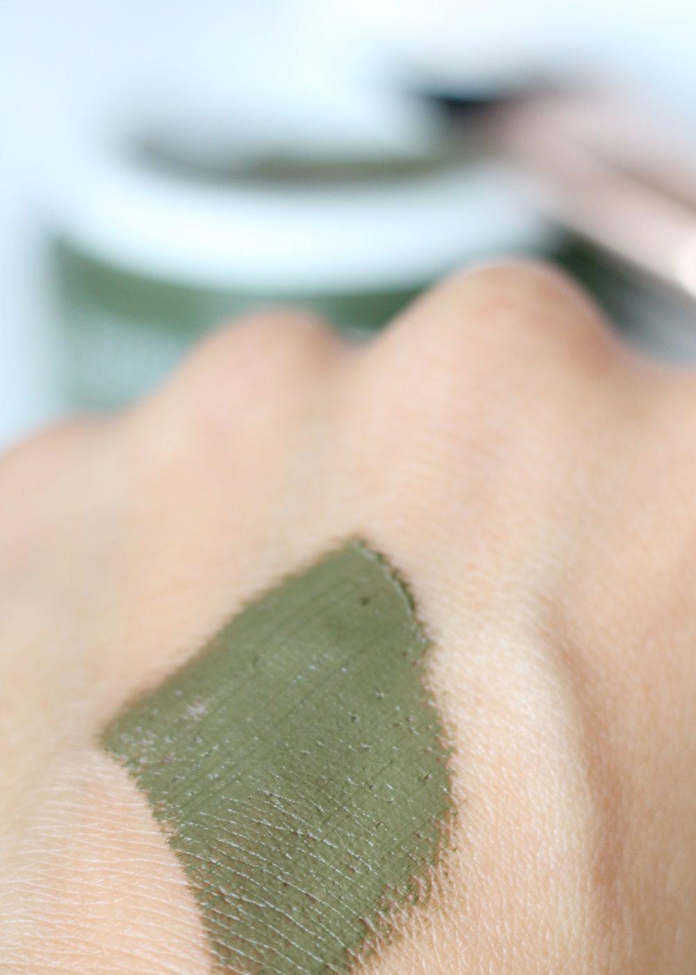 bareminerals-dirty-detox-mudmask-schlammmaske-hautpflege-reinigung-1