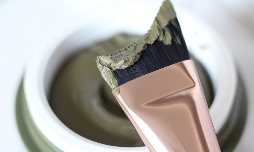 bareminerals-dirty-detox-mudmask-schlammmaske-hautpflege-reinigung-4